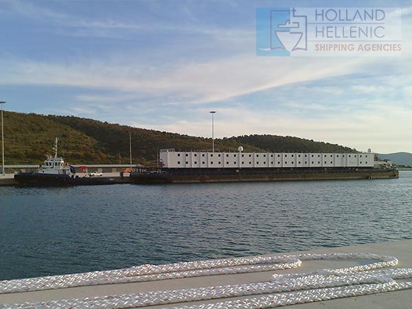 Living Quarter Barge